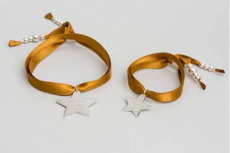 Mini Faubourg étoile 1.5cm en argent, sur satin.