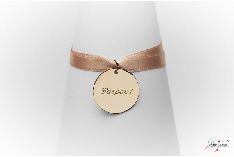 Pompon Carabine bijoux gravés gravure médaille bracelet personnalisé